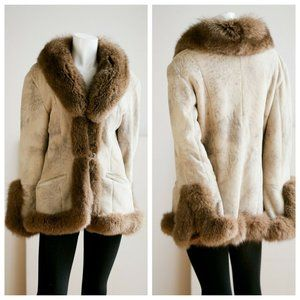 Vintage  Shealring and Fox Fur Trim Warm Stylish C